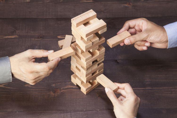 2. Hierarchie-Disruption